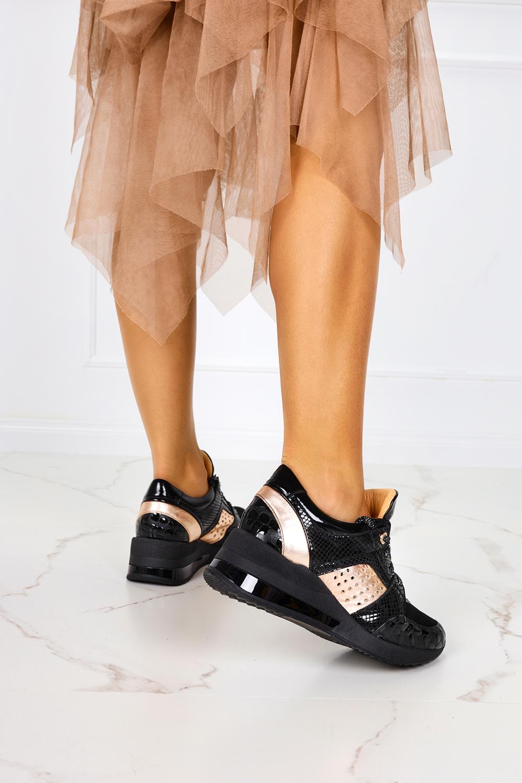 Czarne sneakersy na koturnie buty sportowe sznurowane polska skóra Casu 7862/1910/19/8091465/272 czarny