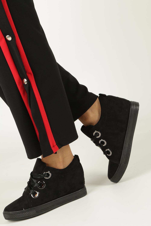 Czarne sneakersy na koturnie wiązane wstążką Casu TL65-1