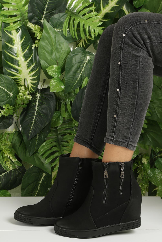 Czarne sneakersy na koturnie z ozdobnymi suwakami Sergio Leone 28354 wysokosc_obcasa 8.5 cm