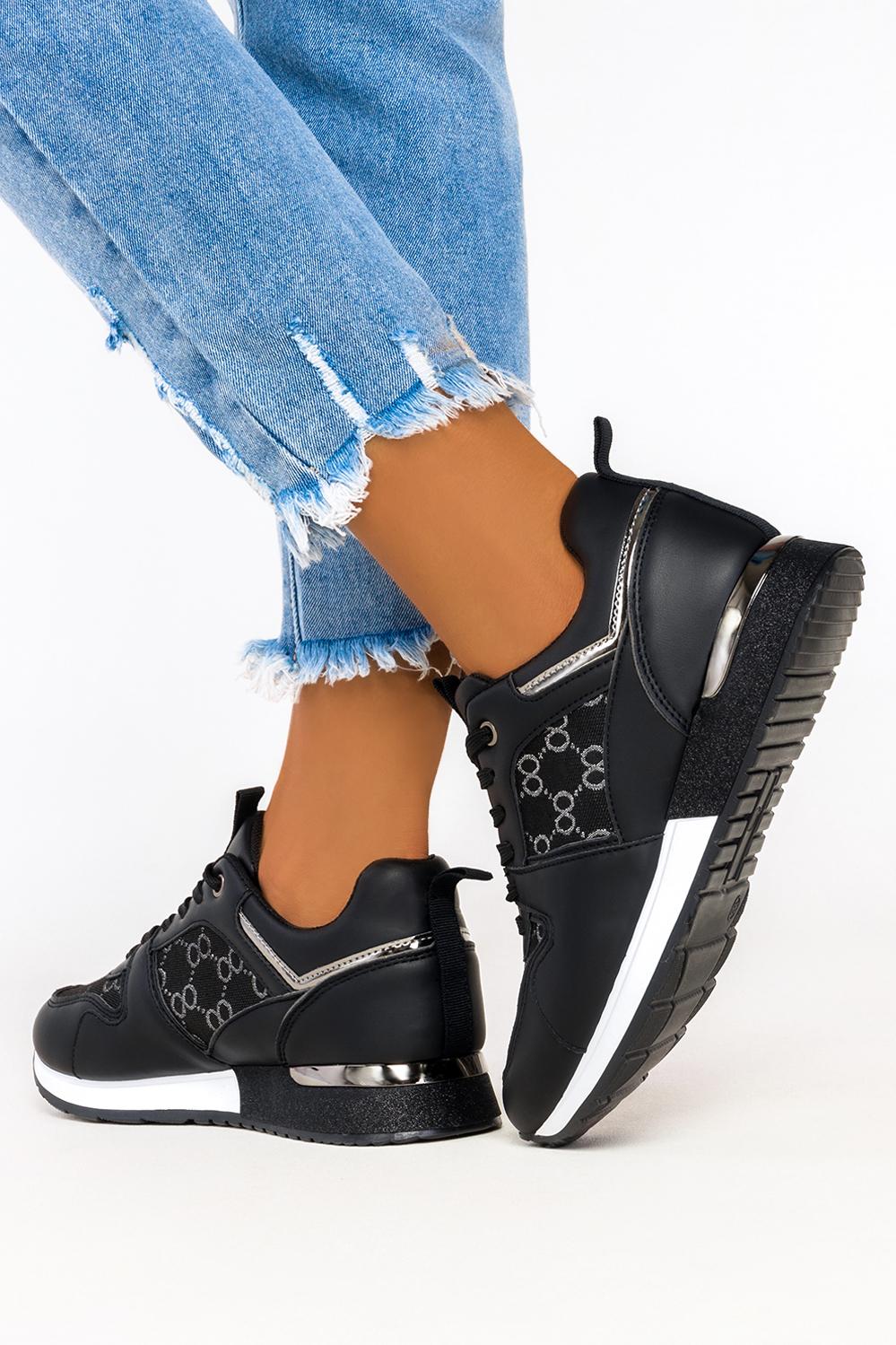 Czarne sneakersy na platformie buty sportowe sznurowane Casu 7-K2137A