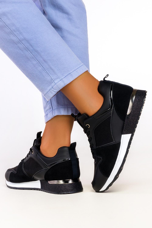 Czarne sneakersy na platformie buty sportowe sznurowane Casu 7-K2152A