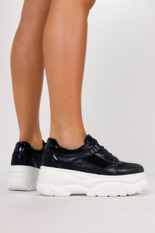 Czarne sneakersy na platformie buty sportowe sznurowane Casu 7915-Y czarny