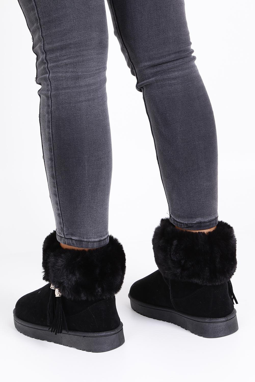 Czarne śniegowce z futerkiem i frędzlami emu Casu 6228  wysokosc_platformy 2 cm