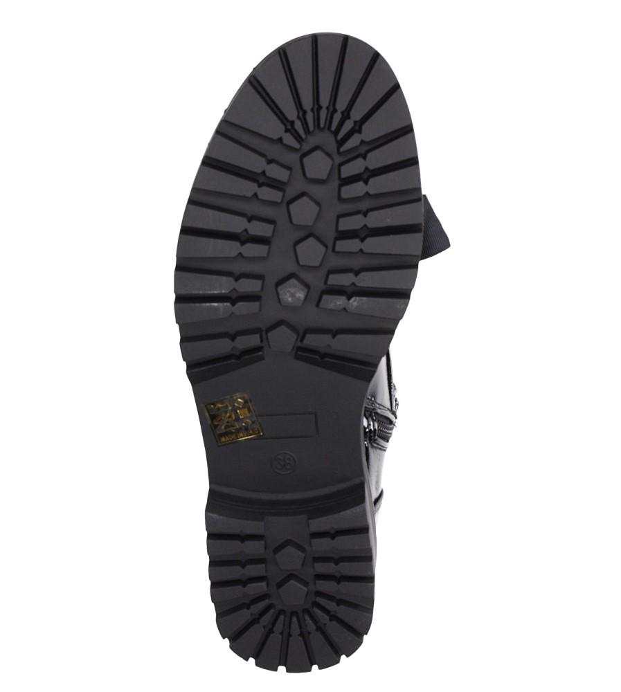 Czarne trzewiki lakierowane wiązane wstążką z perełkami Casu G19X21/B wnetrze materiał ocieplany