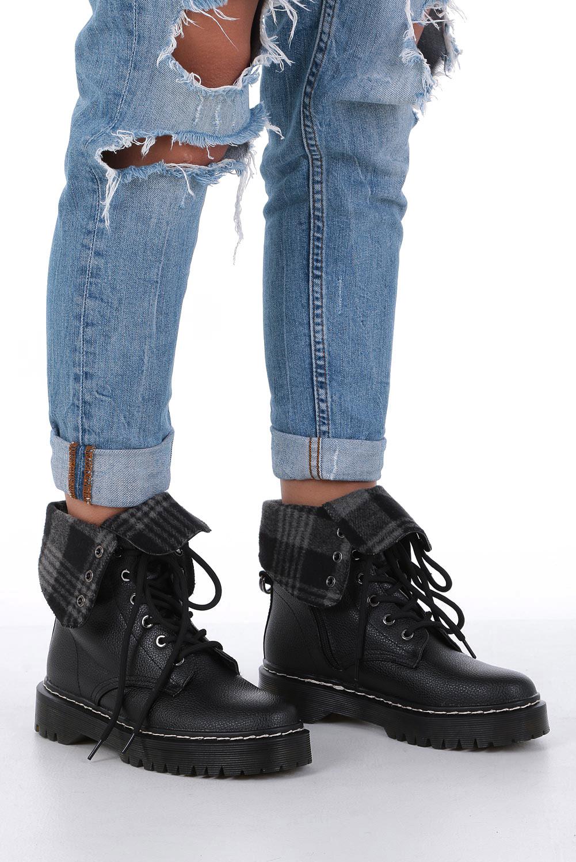 Czarne trzwiki sznurowane Casu 7-X8176A kolor czarny