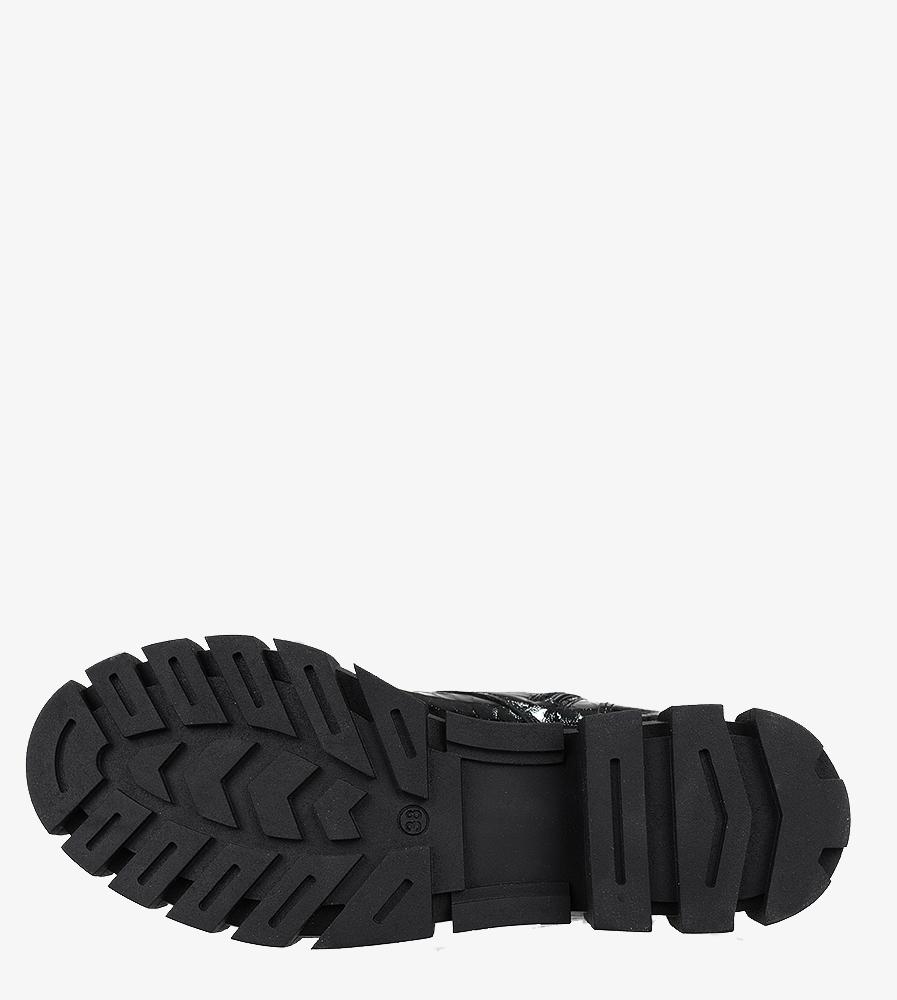 Czarne workery z kieszonką na platformie sznurowane krokodyli wzór polska skóra Casu 4056 wys_calkowita_buta 30 cm