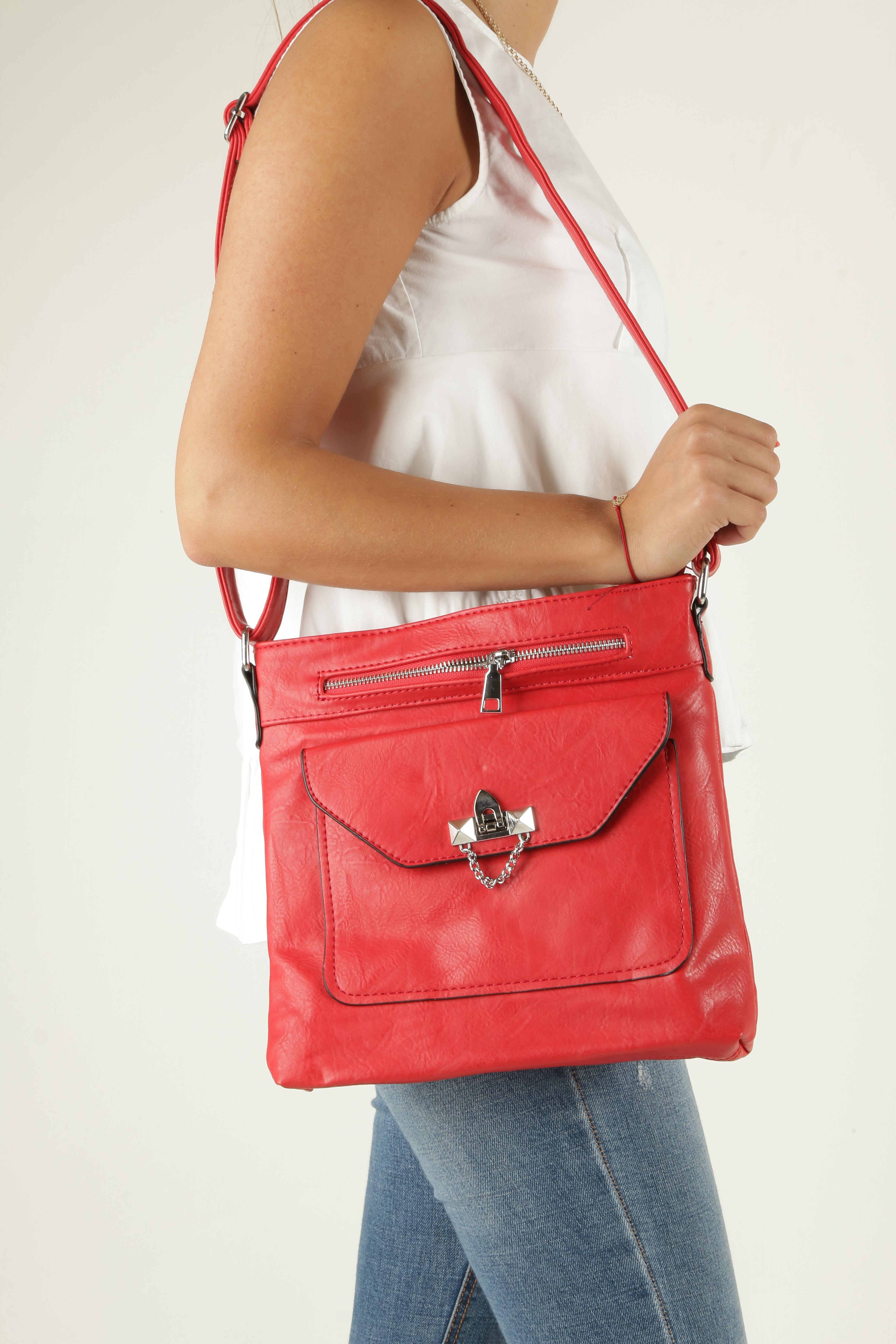 Czerwona torebka listonoszka z ozdobnym suwakiem Casu D80