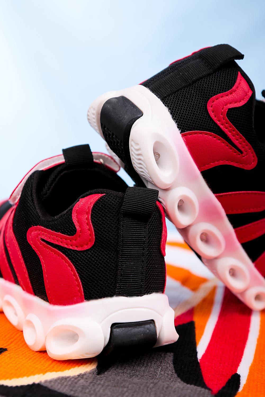 Czerwone buty sportowe na rzep Casu 204/26M  czerwony
