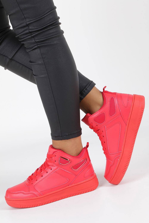 Czerwone buty sportowe sznurowane Casu B5396 czerwony