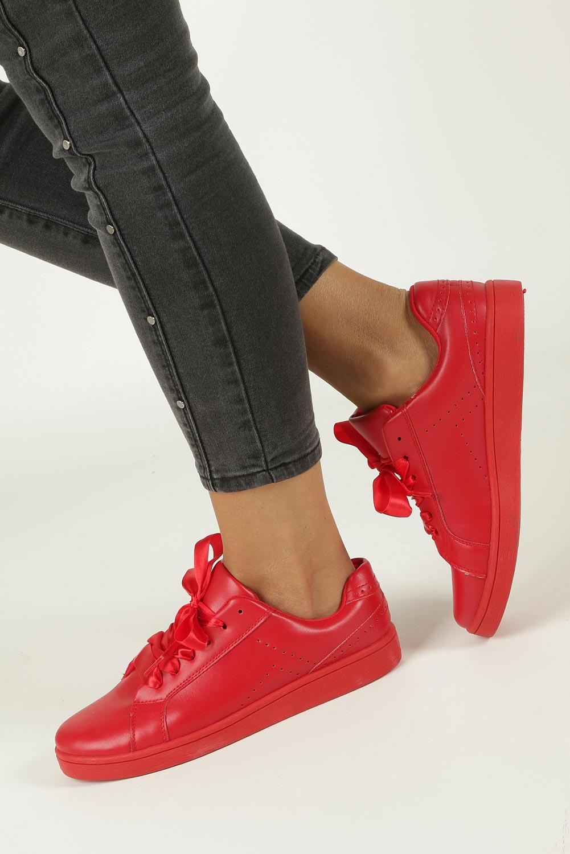 Czerwone buty sportowe sznurowane Casu URSA-51