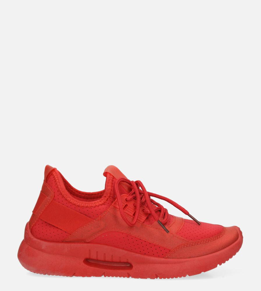 Czerwone buty sportowe sznurowane Casu US12001-5 czerwony