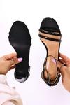 Czarne sandały Casu z zakrytą piętą pasek wokół kostki wzorek ER21X15/B czarny