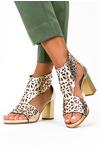 Złote sandały ażurowe zabudowane na słupku z zamkiem na pięcie polska skóra Casu 2702/2/10