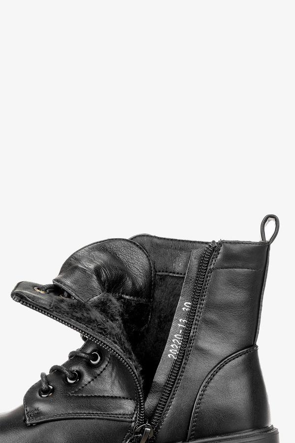 Czarne botki sznurowane Casu 20220-13