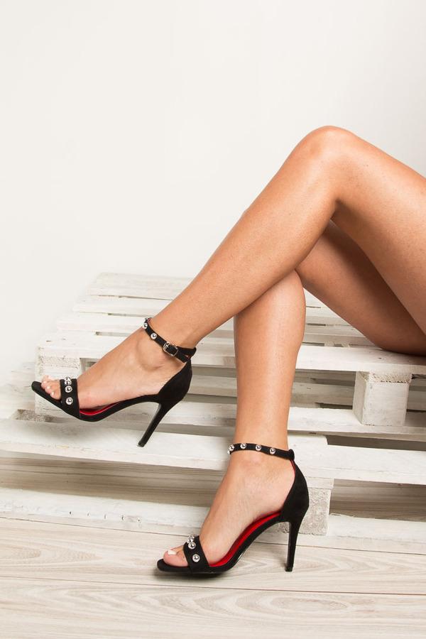 Czarne sandały szpilki z nitami Casu ZY118 czarny