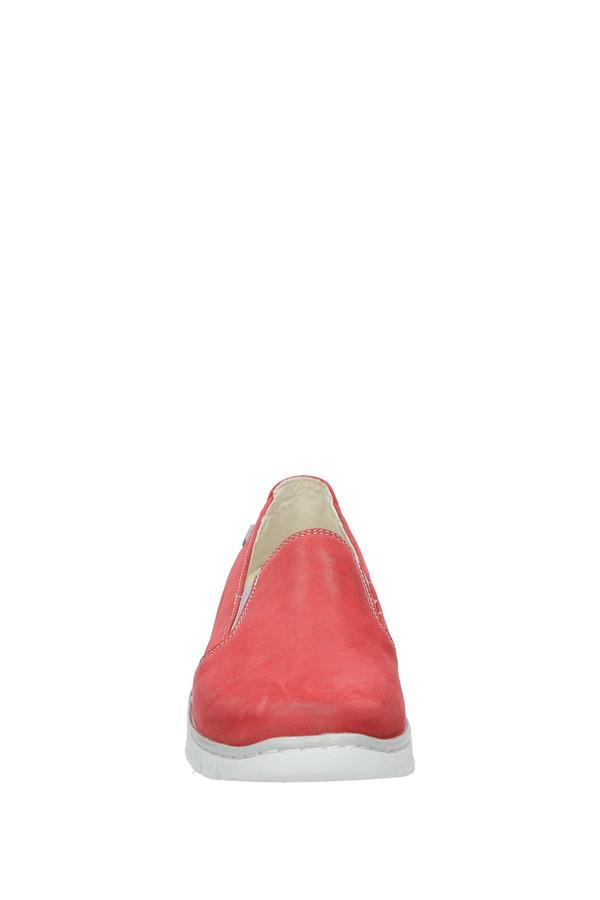 Czerwone półbuty slip on skórzane na koturnie Helios 350 czerwony