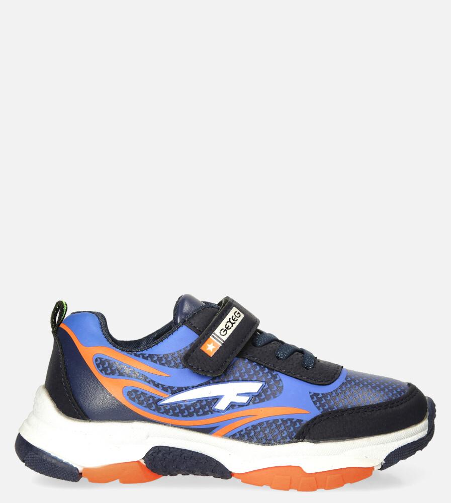 Granatowe buty sportowe na rzep Casu 204/10M granatowy