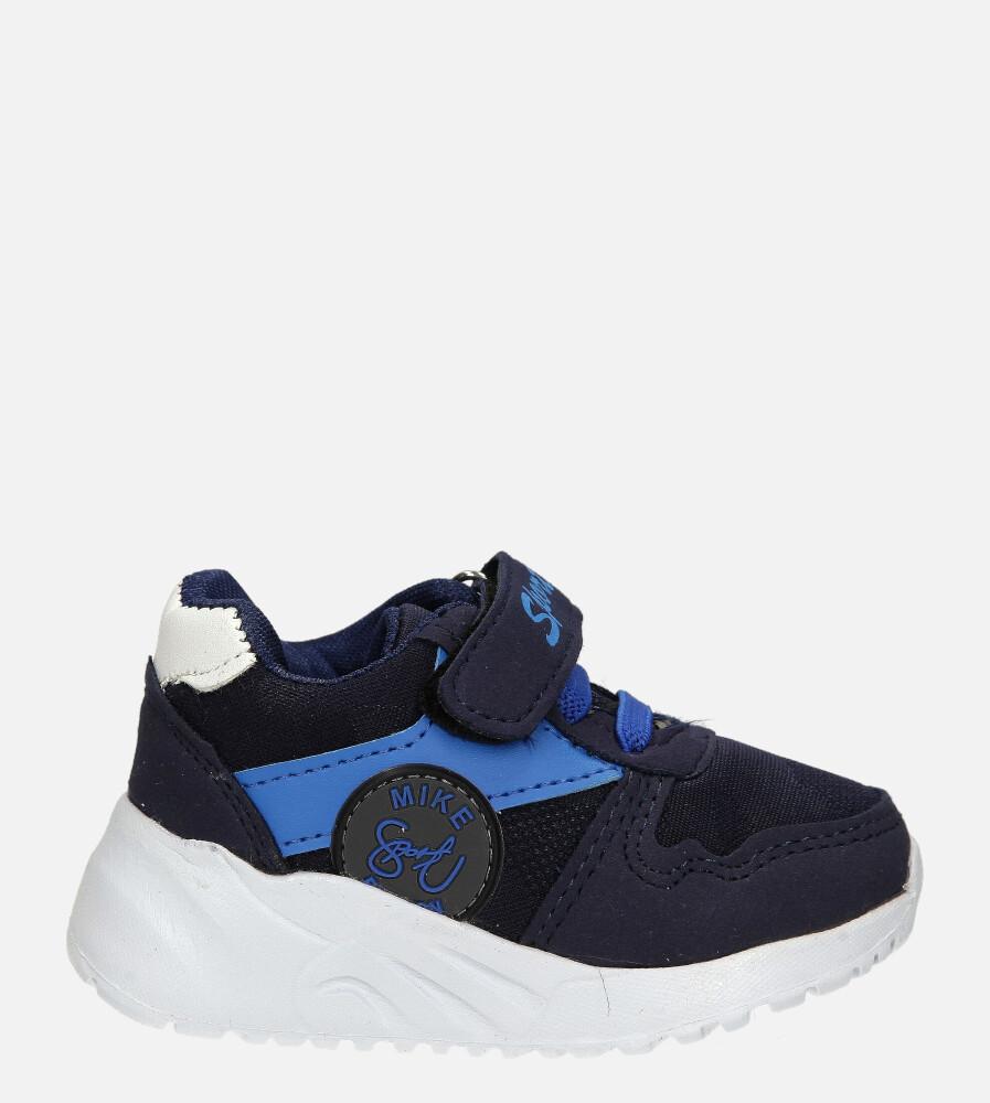 Granatowe buty sportowe na rzep Casu 20T4/M