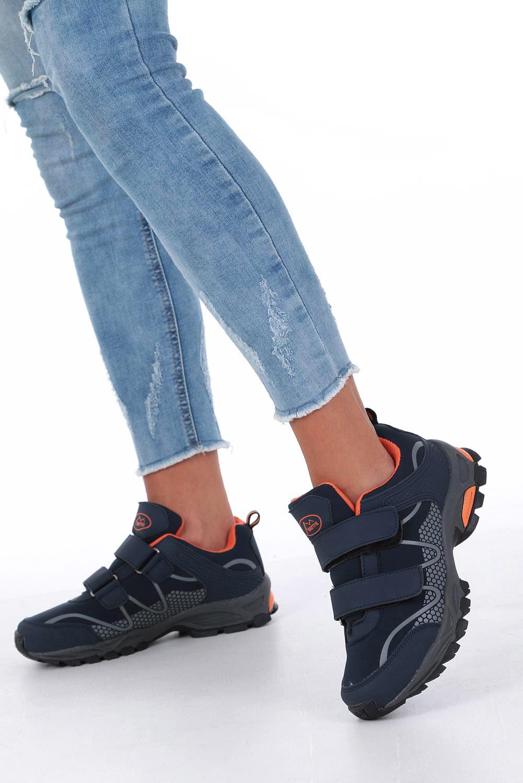 Granatowe buty sportowe na rzepy softshell Casu B1529B-2 granatowy
