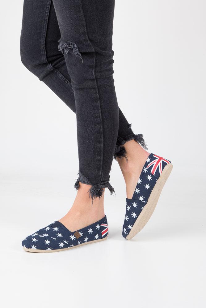 Granatowe buty tomsy z gwiazdkami Mckey DTN118/16NV
