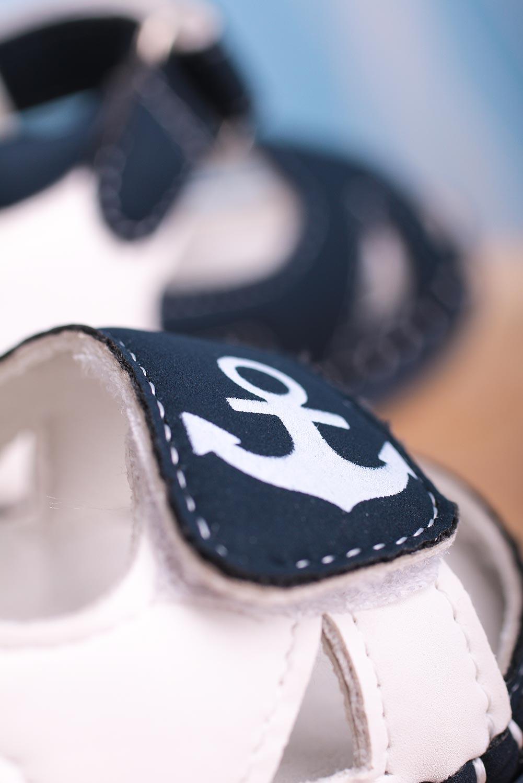 Granatowe sandały niemowlęce niechodki ze skórzaną wkładką na rzepy Casu FX84