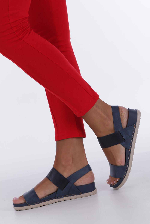 Granatowe sandały płaskie z gumką Casu F19X3/N producent Casu