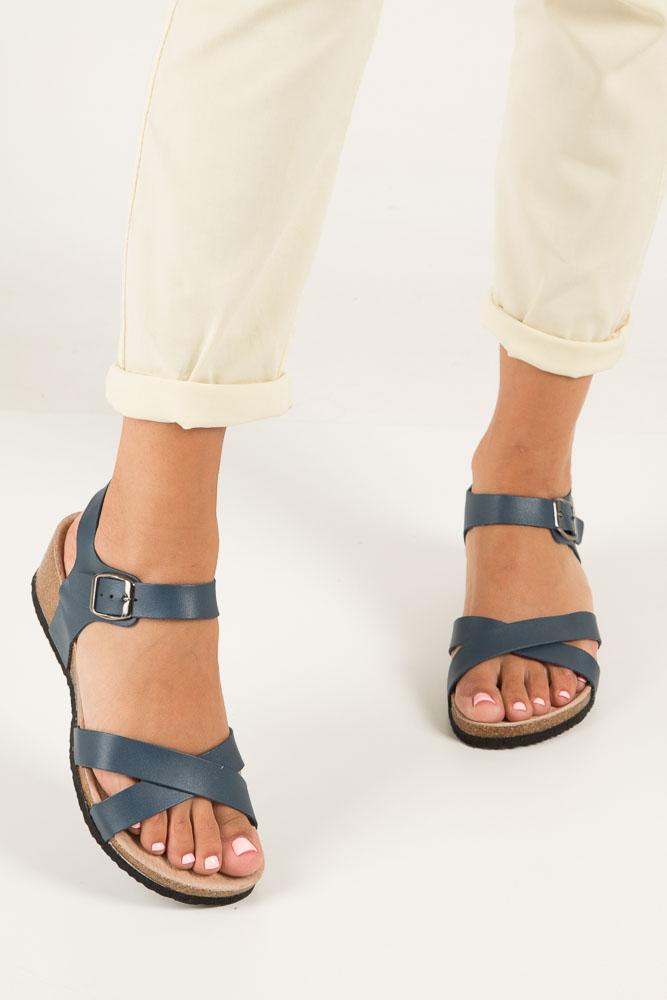 Granatowe sandały ze skórzaną wkadką na koturnie z korka Casu B18X5/N wierzch skóra ekologiczna