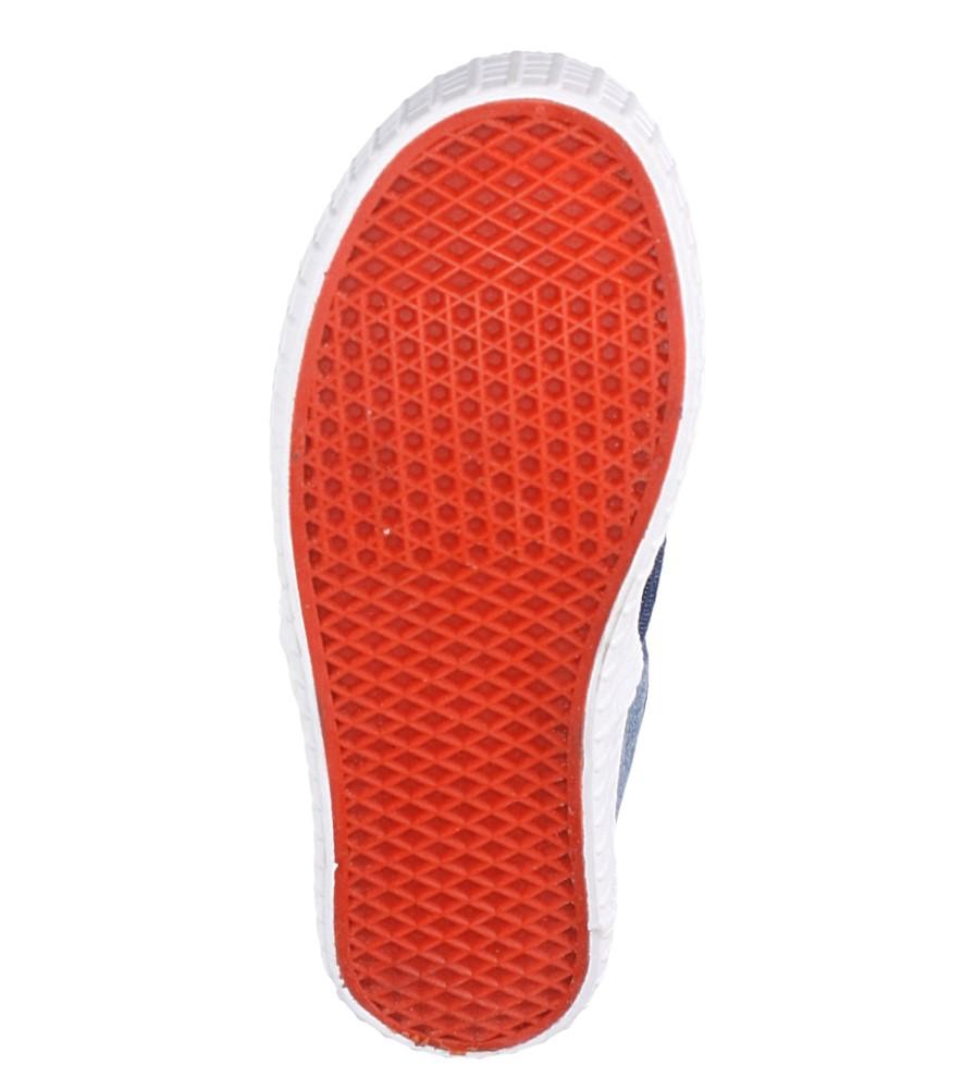 Granatowe trampki slip on z gumką Casu D7027 wysokosc_platformy 2.5 cm
