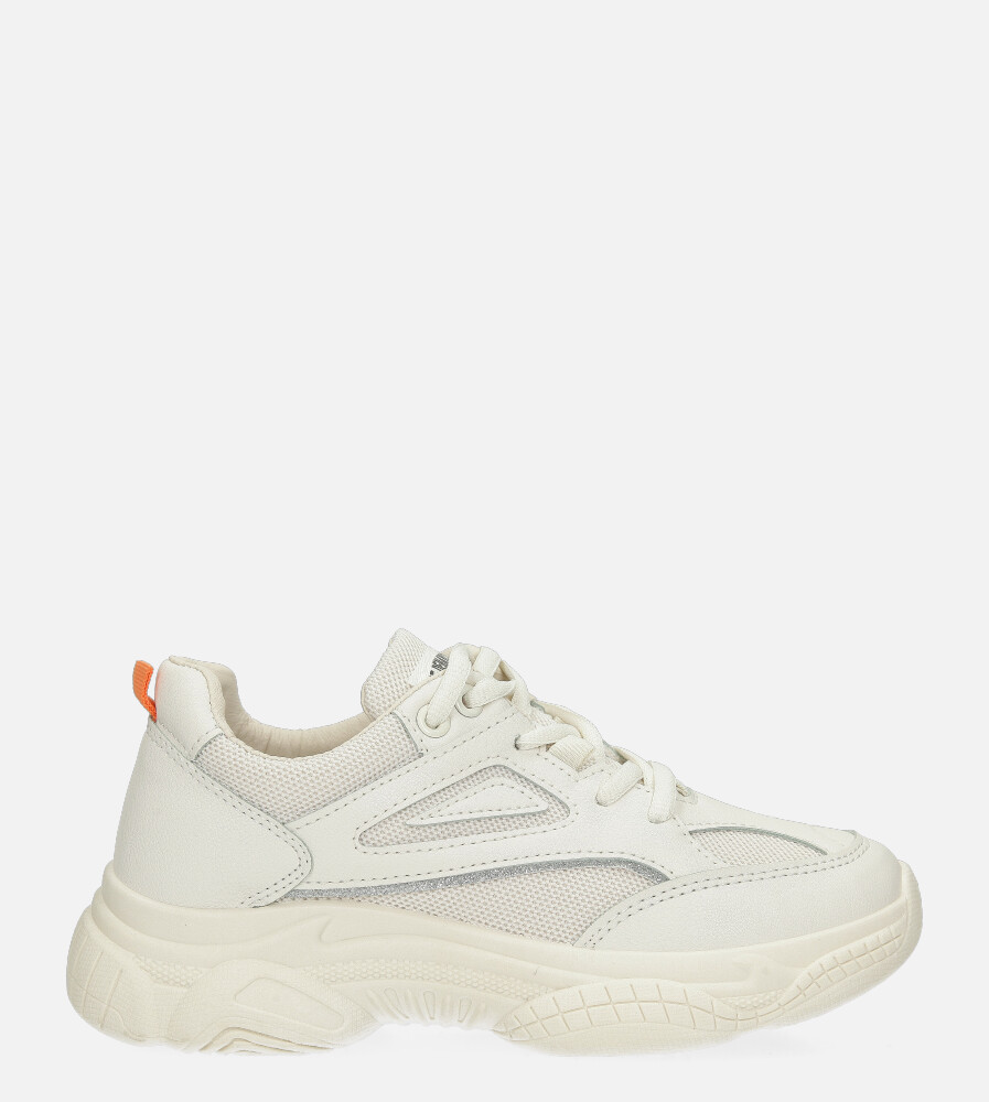 Kremowe buty sportowe sneakersy sznurowane Casu 20P14/M kremowy