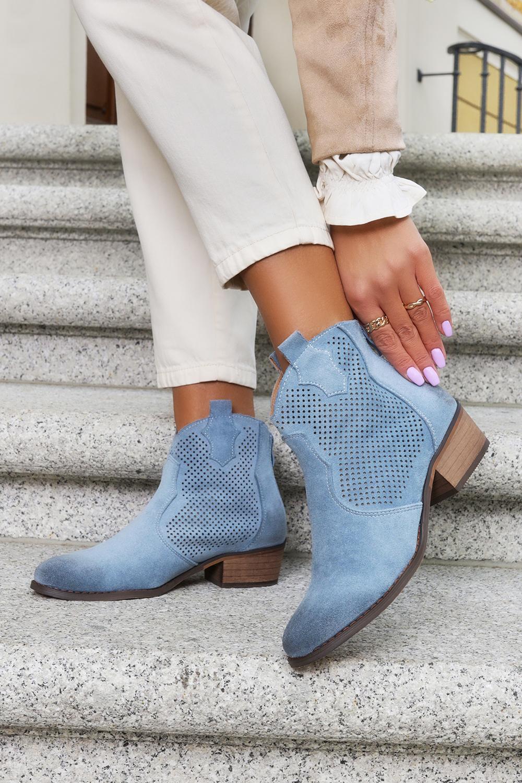 Niebieskie botki kowbojki ażurowe z zamkiem na pięcie Casu G21X3/BL niebieski