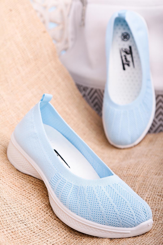 Niebieskie buty sportowe wsuwane slip on Casu 11005-4 jasny niebieski