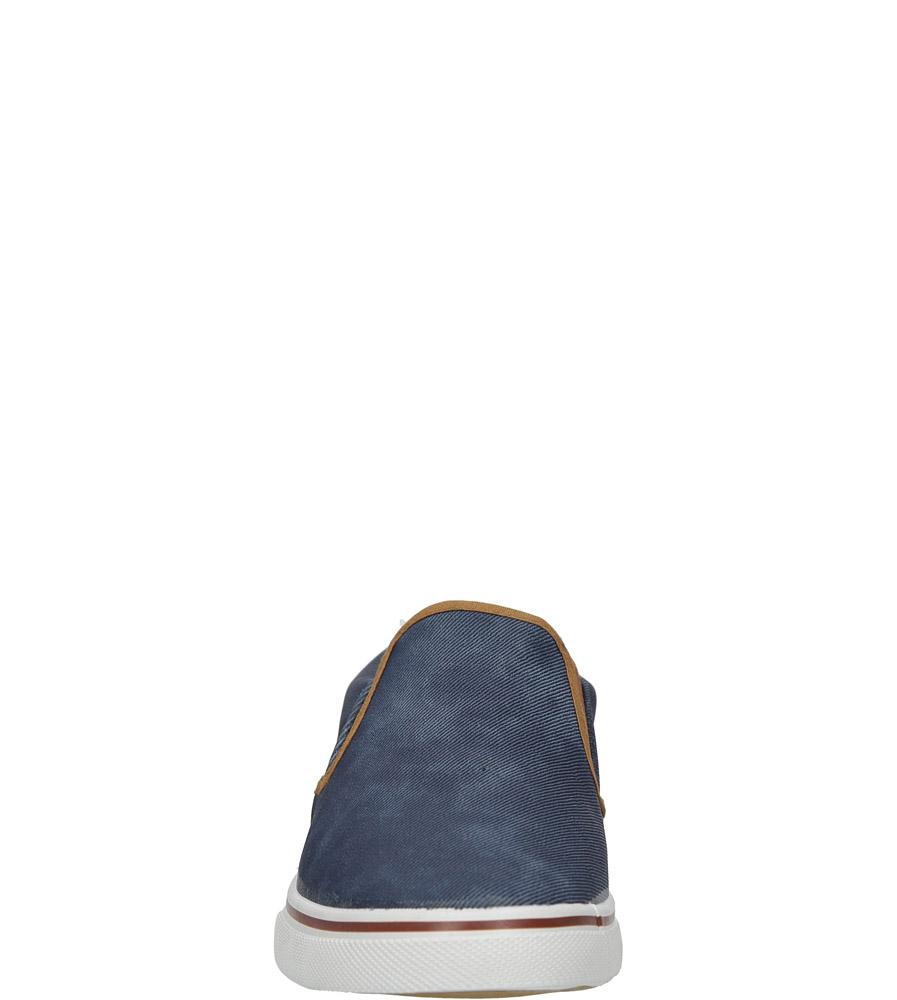 Niebieskie jeansowe póbuty slip on Casu HL61028 sezon Wczesna wiosna