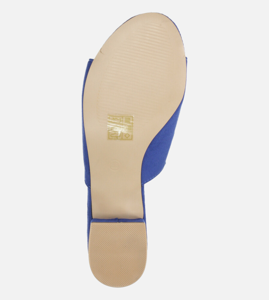 Niebieskie klapki Casu na niskim obcasie z gumką ze skórzaną wkładką A20X4/RB wysokosc_obcasa 3 cm