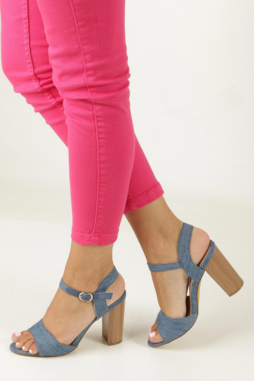 Niebieskie sandały jeansowe na słupku Jezzi 8SD35-0333