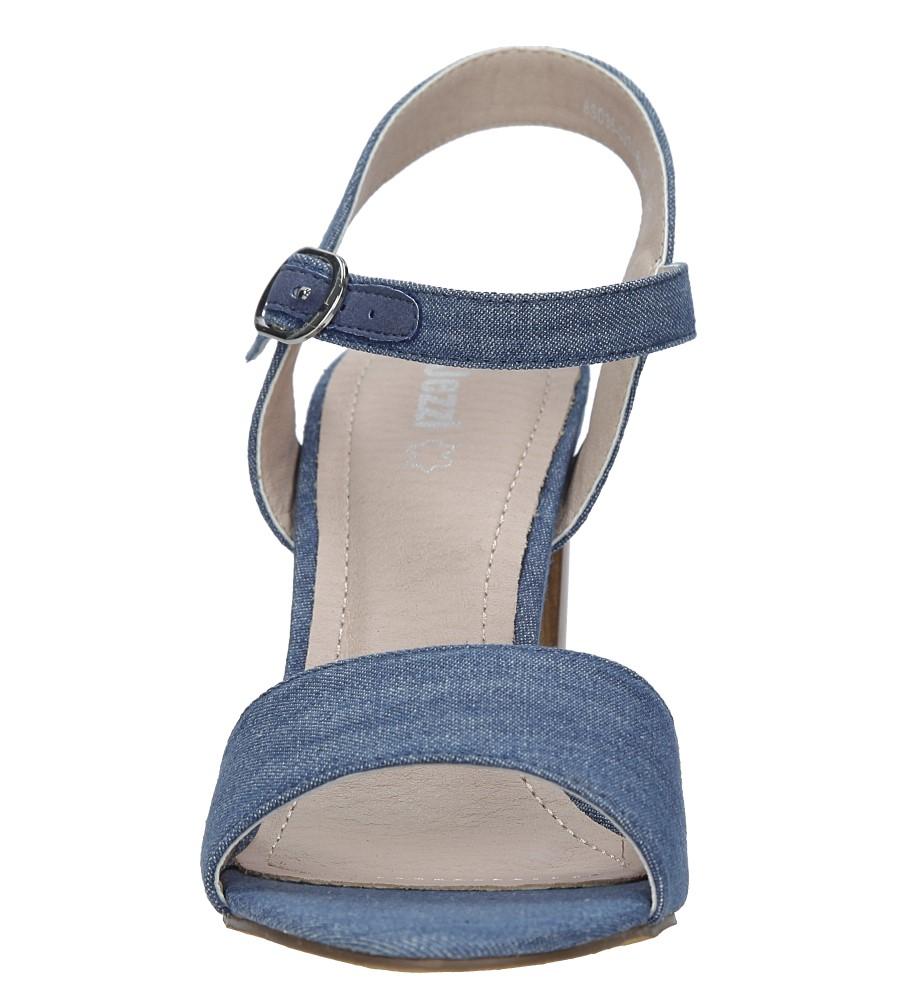 5112ac96765bf ... Niebieskie sandały jeansowe na słupku Jezzi 8SD35-0333 kolor niebieski  ...
