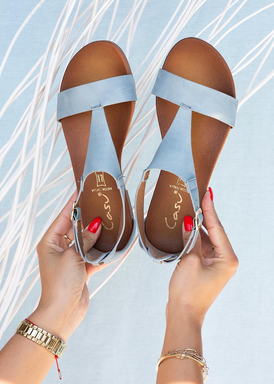 Niebieskie sandały płaskie z zakrytą piętą Casu K20X4/BL producent Casu