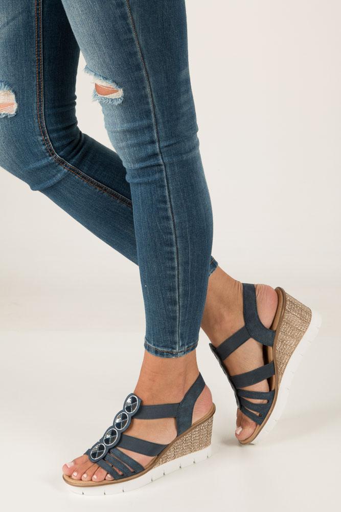 Niebieskie sandały z cekinami na koturnie Rieker 65515-14