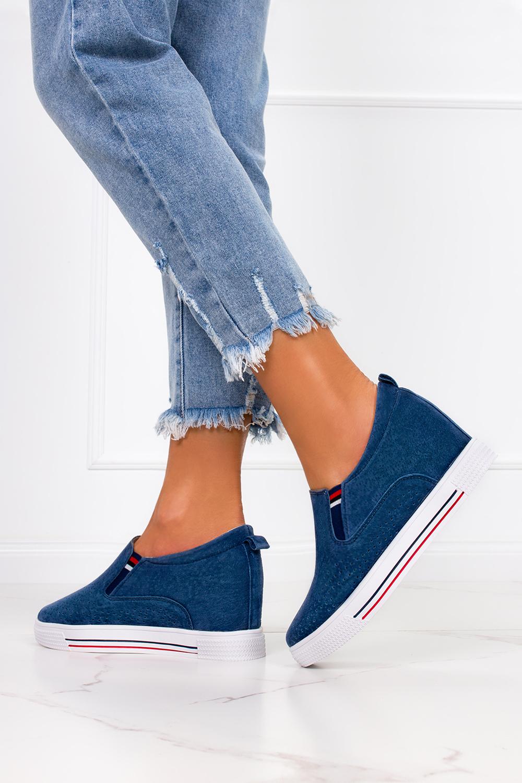 Niebieskie sneakersy Filippo skórzane półbuty ażurowe na ukrytym koturnie DP1356/21NW niebieski