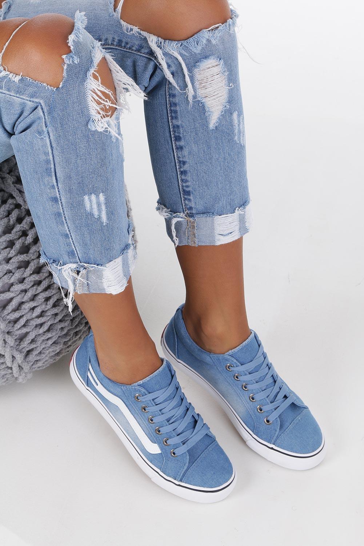 Niebieskie trampki jeansowe sznurowane Casu 630 jasny niebieski