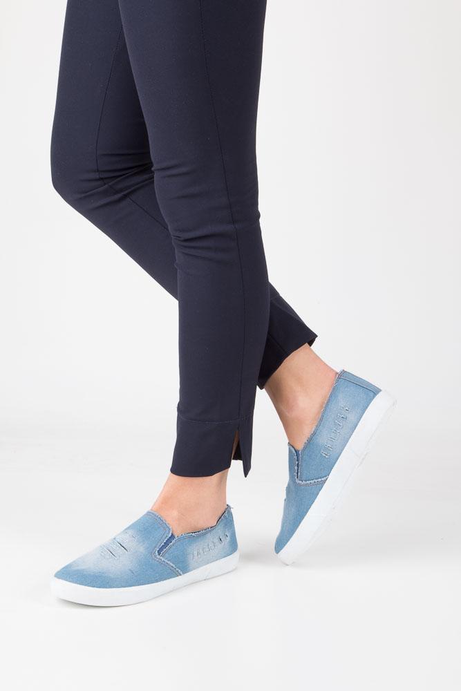 Niebieskie trampki slip on jeans Mckey DTN247/17LJ