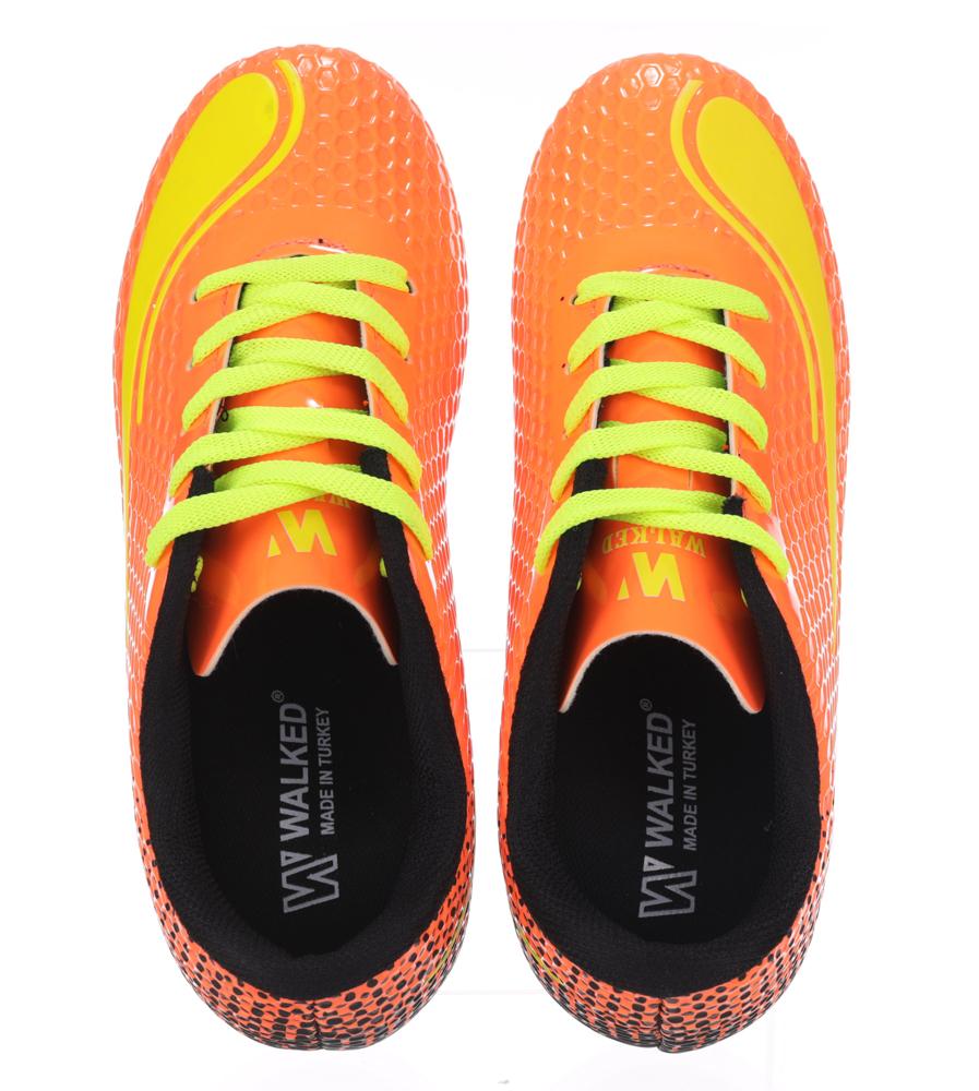 Pomarańczowe buty sportowe piłkarskie korki sznurowane Casu D415-3