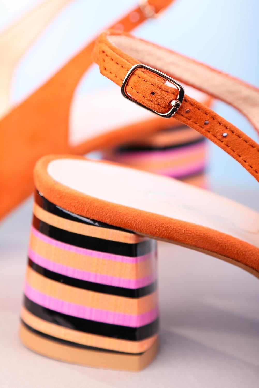 Pomarańczowe sandały skórzane na ozdobnym szerokim obcasie Casu DS-346/A