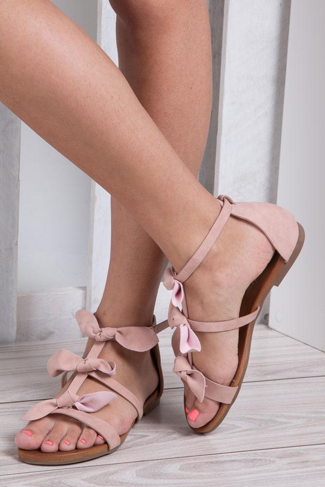 Pudrowe płaskie sandały z kokardkami z zakrytą piętą Casu K18X14/P wkladka skóra ekologiczna