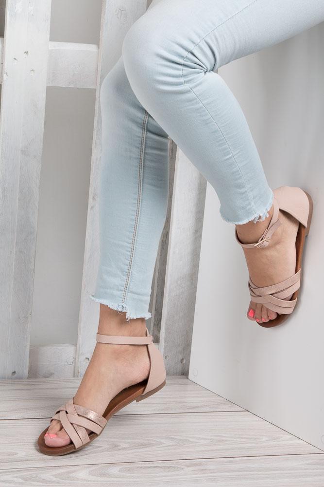 Pudrowy róż eleganckie sandały z zakrytą piętą Casu K18X9/LP wnetrze skóra ekologiczna