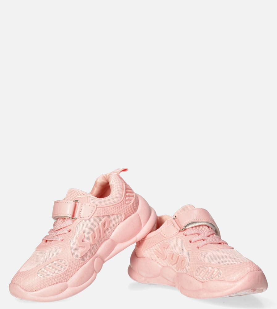 Różowe buty sportowe na rzep Casu 204/13M różowy