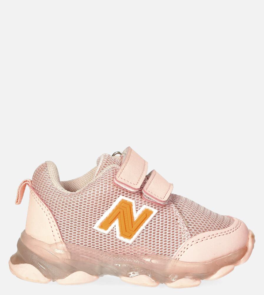 Różowe buty sportowe na rzep Casu 204/14M