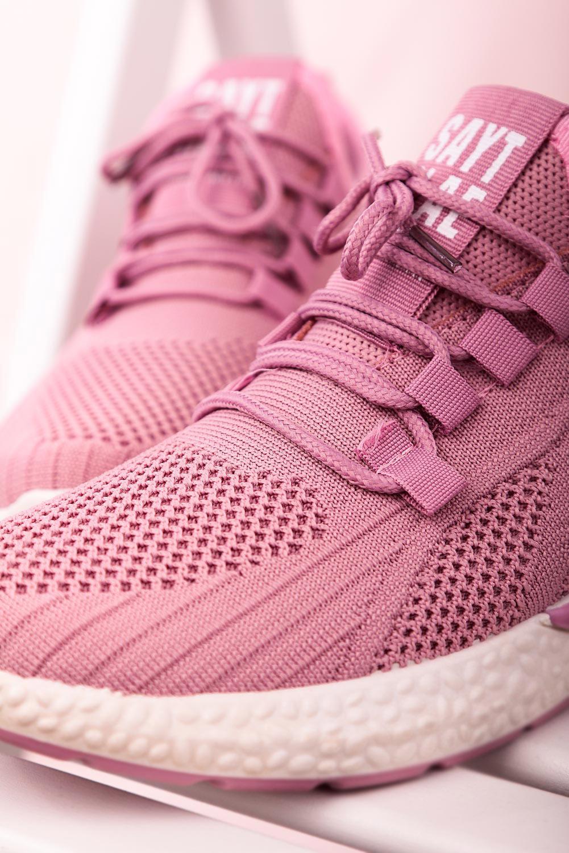 Różowe buty sportowe sznurowane Casu 204/42P  różowy