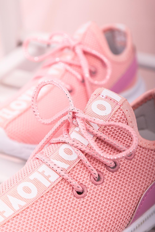 Różowe buty sportowe sznurowane Casu 20T1/M różowy