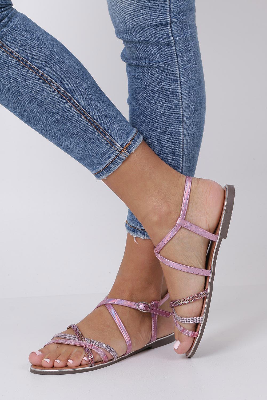 Różowe sandały metaliczne płaskie z nitami Casu S19X5/P kolor różowy