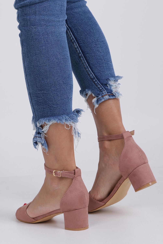 Różowe sandały na niskim obcasie ze skórzaną wkładką z zakrytą piętą pasek wokół kostki Casu K19X1/P wysokosc_obcasa 5 cm